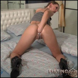 Arsch gedehnt – Full HD-1080p, Solo, anal and vaginal fisting (Release December 21, 2016)