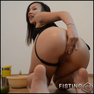 AsianDreamX – Anal FULL stuffing – HD-720p, Solo, Biggest Dildo, Anal, Toys, Masturbation (Release December 20, 2016)