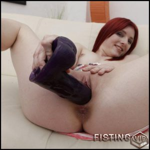 BrutalDildos Vanessa Shelby – Full HD-1080p, Dildo, Dildo machine (Release December 23, 2016)