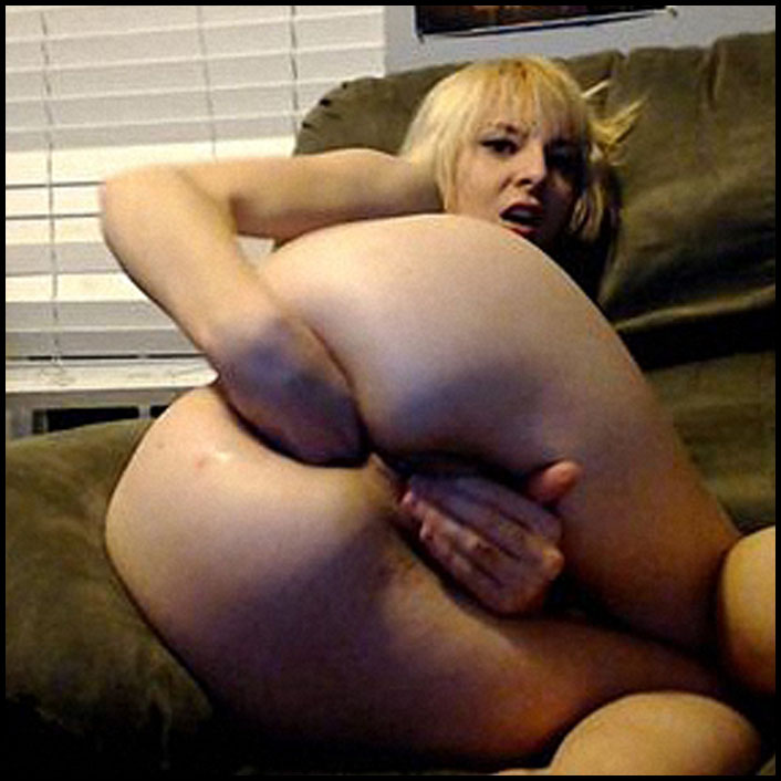 captainbritt-i-stretch-gape-and-fuck-my-holes-full-hd-1080p-fisting-deep-insertion-dildo-extreme-release-december-06-2016