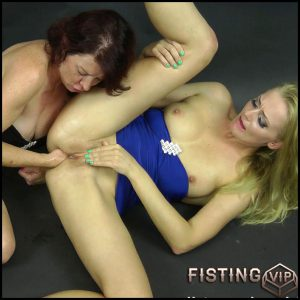 Dirtygarden & Kinkyniky studio fisting – Full HD-1080p, lesbians, anal and vaginal fisting (Release December 23, 2016)