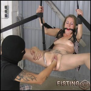 Fisted with AmateureXtreme  – Full HD-1080p, Anal Toy,Anal, BlowJobs, Hardcore (Release December 17, 2016)