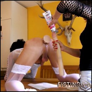 Fucked and fisted The Transe on the kitchen table with Geilmeinhasi – Full HD-1080p, Fisting (Release December 29, 2016)