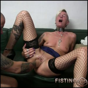 Pussy fist with squirt with lady-isabell – Full HD-1080p, anal play, Fisting (Release December 20, 2016)