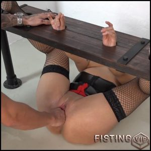 Samira is fisted – Full HD-1080p, anal and vaginal fisting, extreme fisting, hardcore fisting (Release December 27, 2016)