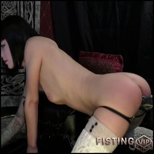 The Filly That Could – Abigail Dupree – Full HD-1080p, Anal Toy, Fisting, Solo (Release December 25, 2016)