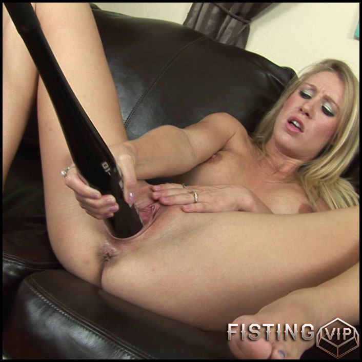 Allison pierce - Full HD-1080p, Dildo, Fisting (Release January 19, 2017)