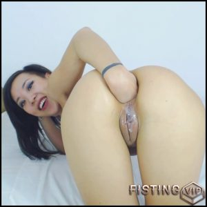 AsianDreamX – Fisting ass pussy spit nipples play – Full HD-1080p, Solo, Fisting (Release January 7, 2017)