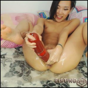AsianDreamX – HUGE SAUSAGE OIL PUSSY PLAY – Full HD-1080p, Giant Dildo, Toys, Solo, Fisting (Release January 7, 2017)