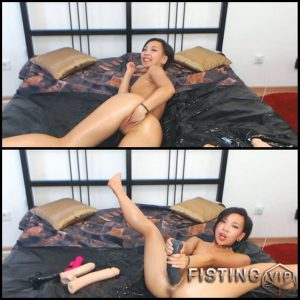 AsianDreamX – PUSSY STRETCHING FIST and TOYS – Full HD-1080p, Giant Dildo, Toys, Solo, Anal (Release January 7, 2017)