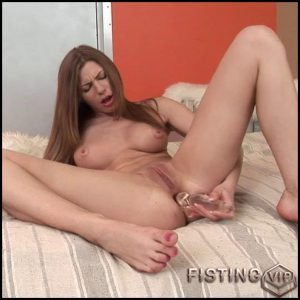 Bethsabe – HD-720p, Anal Toy, Small tits, Dildo, Fisting (Release January 26, 2017)