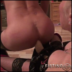 Bizarre Games! Ass fucked and pissed on – Full HD-1080p, Anal, Dildo, Fisting (Release January 1, 2017)