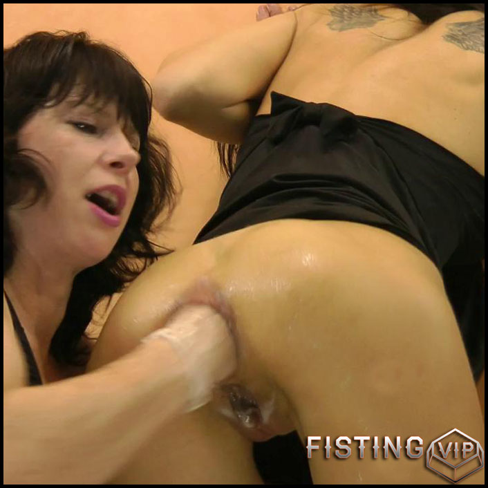 Double Anal Fisting - HD-720p, Toys, Lesbian, Anal, BlowJobs (Release January 28, 2017)