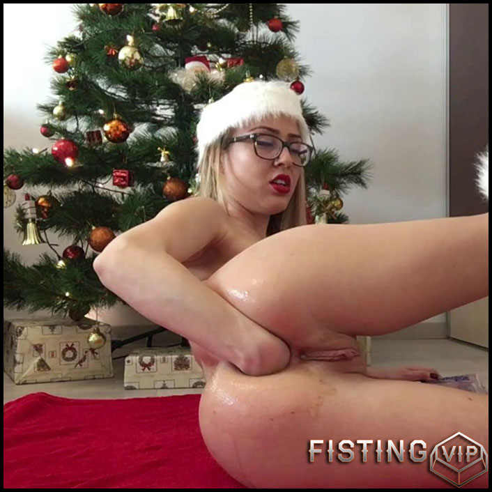 ella-gilbert-xmas-phisting-extravaganza-full-hd-1080p-fisting-toys-solo-release-january-5-2017