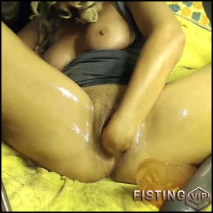 Fisting – Full HD-1080p, Giant Dildo, Toys, Solo, anal and vaginal fisting (Release January 7, 2017)