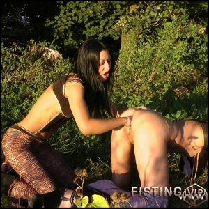 Forest tigers – Full HD-1080p, Fisting, lesbians, anal and vaginal fisting (Release January 5, 2017)