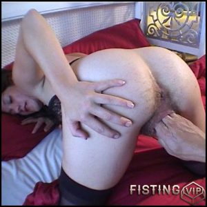 Hausfrauen Intim – HD-720p, Hairy, Fisting, BlowJobs, Facial, Oral (Release January 28, 2017)