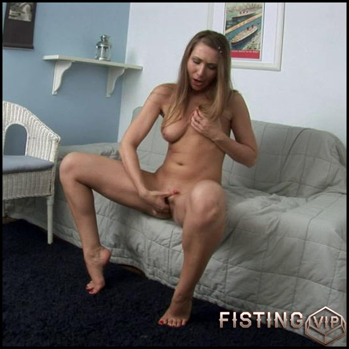 Helen - HD-720p, Anal Toy, Shaved, Teen, Solo (Release January 22, 2017)