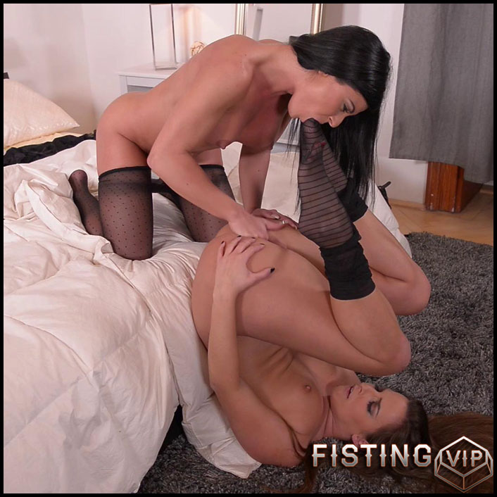 Inna and amirah - Full HD-1080p, Brunette, anal, lesbians (Release January 15, 2017)