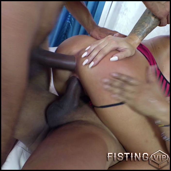 Juelz Ventura EPIC DOUBLE ANAL (SINEPLEX EXTREME) - HD-720p, double fisting, oral, anal, gruppensex (Release January 29, 2017)