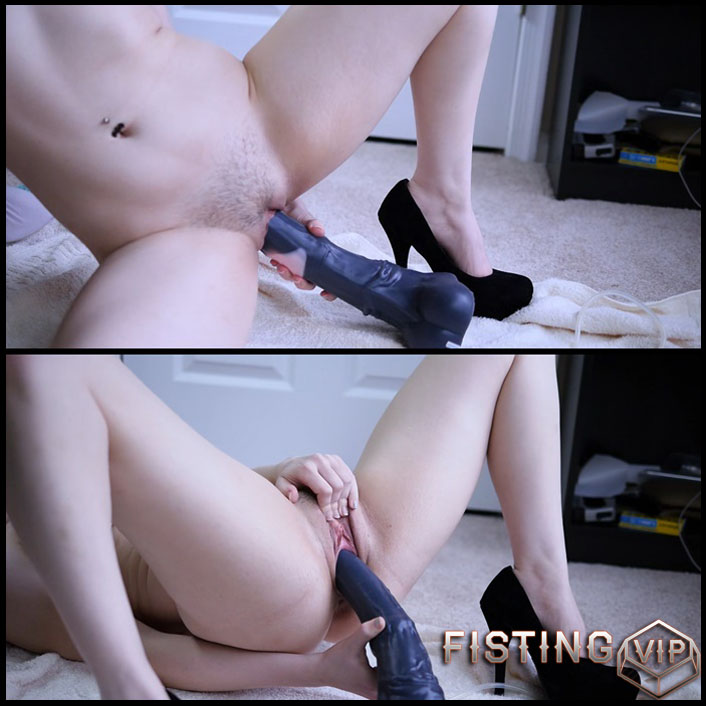 Bad Dragon Dildo Creampie