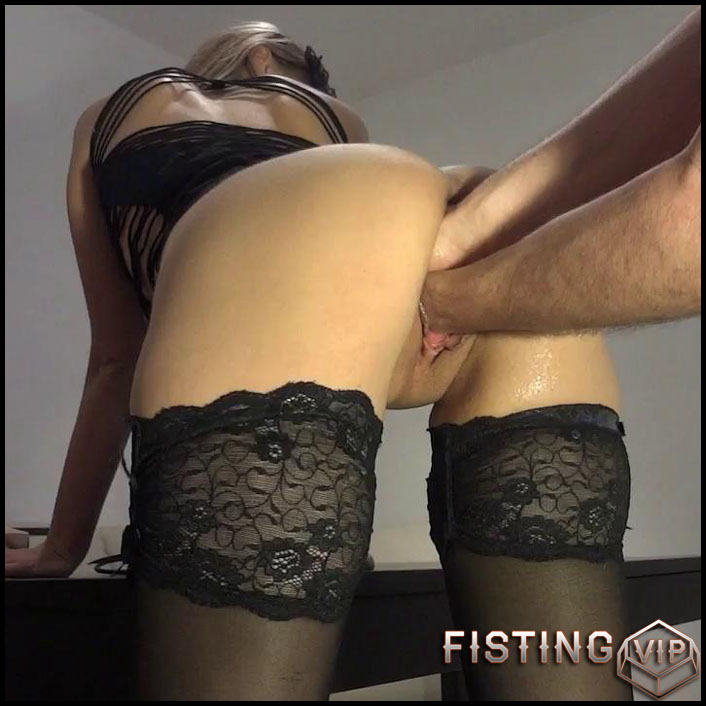 Self plug - HD-720p, Fisting, Dildo, double fisting (Release January 17, 2017)