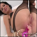 Veronica Avluv has some alone time – Full HD-1080p, fisting, anal, dildo (Release January 22, 2017)