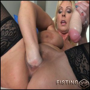 Alysha Alysha Just A Warmup 3 part – Full HD-1080p, MILF, Anal, Fisting, Solo, Toys, Public Nudity (Release February 26, 2017)