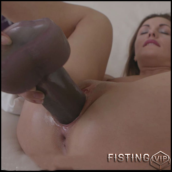 BrutalDildos - DOMINICA PHOENIX 2 - Full HD-1080p, dildo, Objects, Teen, Solo, Biggest Dildo, Anal (Release February 4, 2017) 1