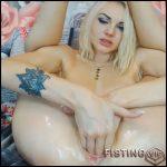 Christines triple dildo fuck – HD-720p, Giant Dildo, Toys, Solo, MILF, dildo, anal play (Release February 9, 2017)