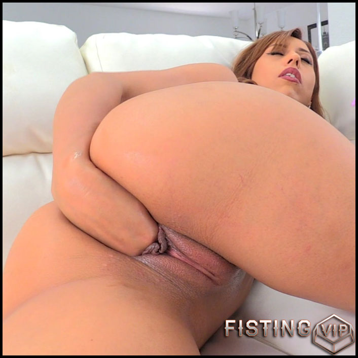 Demi Lopez Exposing That Butt - Full HD-1080p, extreme fisting, hardcore fisting (Release February 20, 2017)1