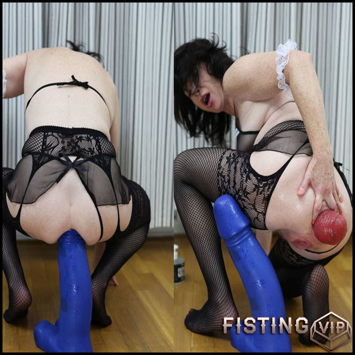 DirtyGardenGirl - Fucking with insane size blue moster toy - Full HD-1080p, AnalToys, Anal Fisting, Giant Dildo, Toys, Solo (Release February 22, 2017)