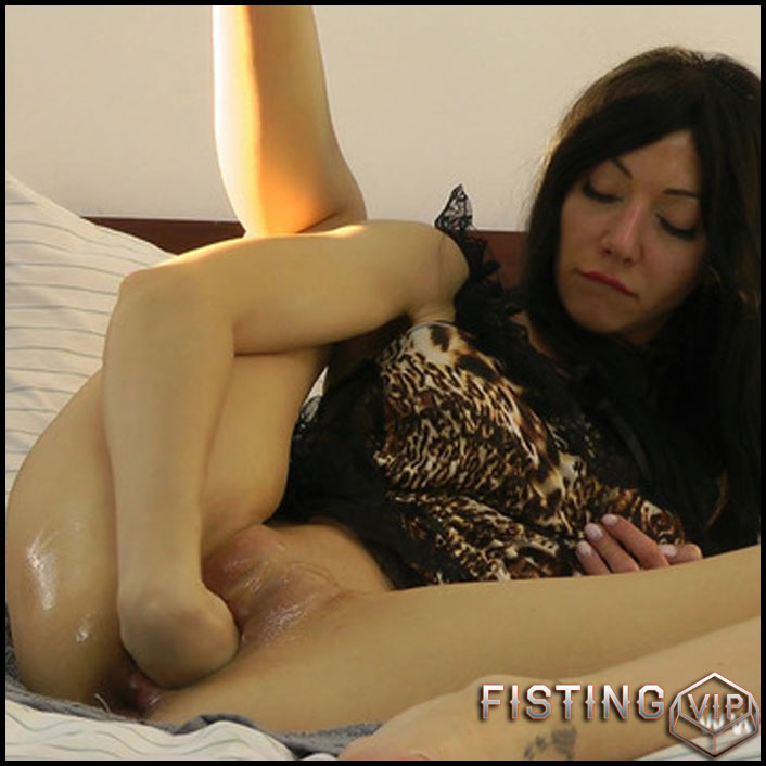 Hotkinkyjo - Self pussy fisting fun - Full HD-1080p, Anal, BlowJobs, Anal Toy (Release February 19, 2017)1