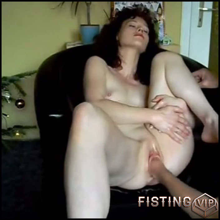 Intense fist fucking orgasms - HD-720p, Anal, BlowJobs, Anal Toy, Small tits (Release February 11, 2017)