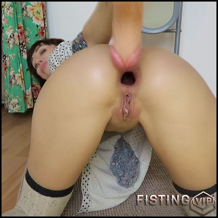Mylene - Fartfarting fetish huge toy anal fuck - Full HD-1080p, Anal, BlowJobs, Anal Toy, Giant Dildo, Toys, Solo (Release February 3, 2017)