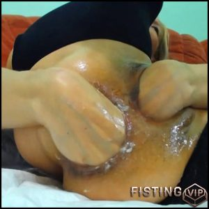 Raisa Wetsx – 2 part – HD-720p, double fisting, Prolapse(Rosebutt), Anal (Release February 11, 2017)
