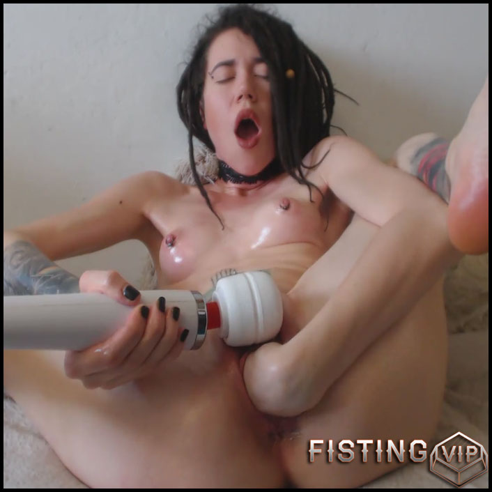 Sasha - Chocking Fisting Hitachi Inside - Full HD-1080p, Solo, Anal Fisting (Release February 28, 2017)1
