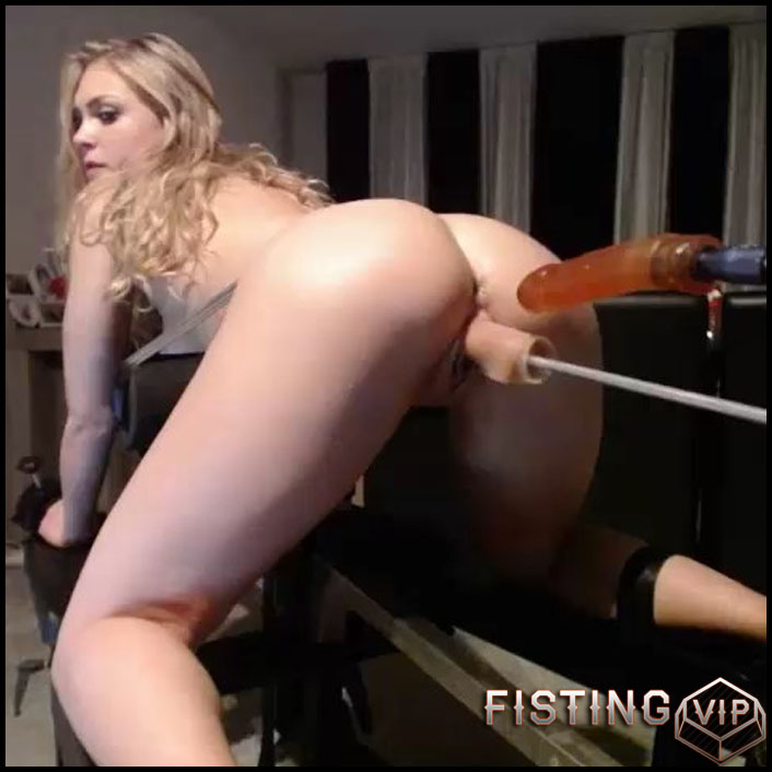 Siswet19 - Big dildo CamShow - Vibrator, AnalToys, Anal Fisting (Release February 10, 2017)