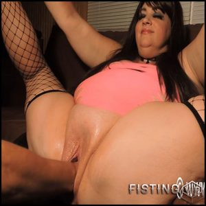 Stuffing Julies huge pussy – HD-720p, Giant Dildo, Toys, Anal, fatty girl (Release February 9, 2017)