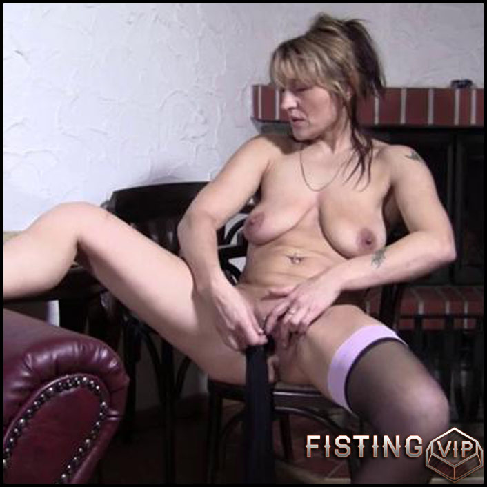 Not understand big titted mature slut playing with herself