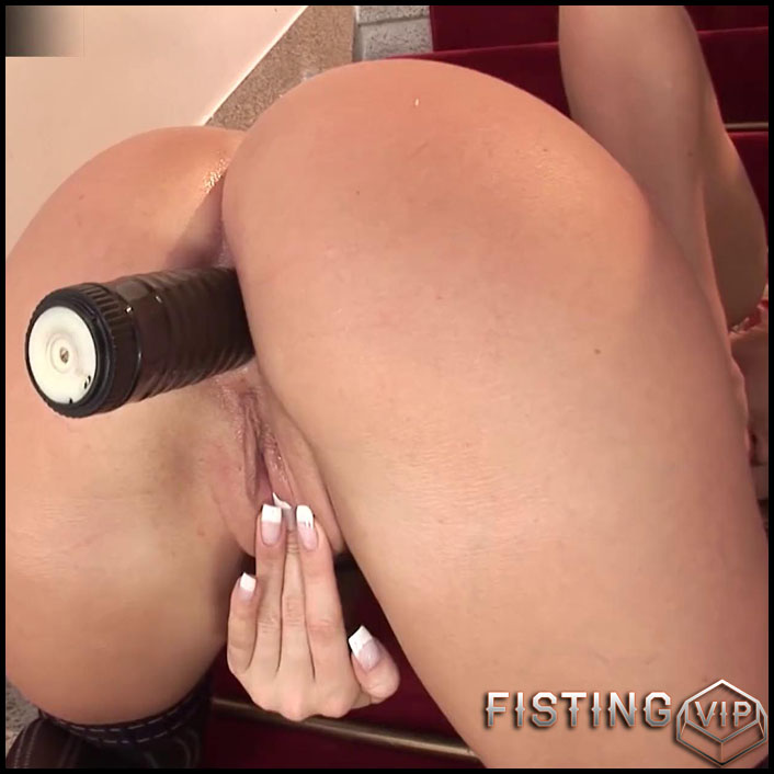 Amazing Cindy Dollar Anal Play On The Stairs XXX SD - Full HD-1080p, dildo, anal play, Fisting (Release March 26, 2017)