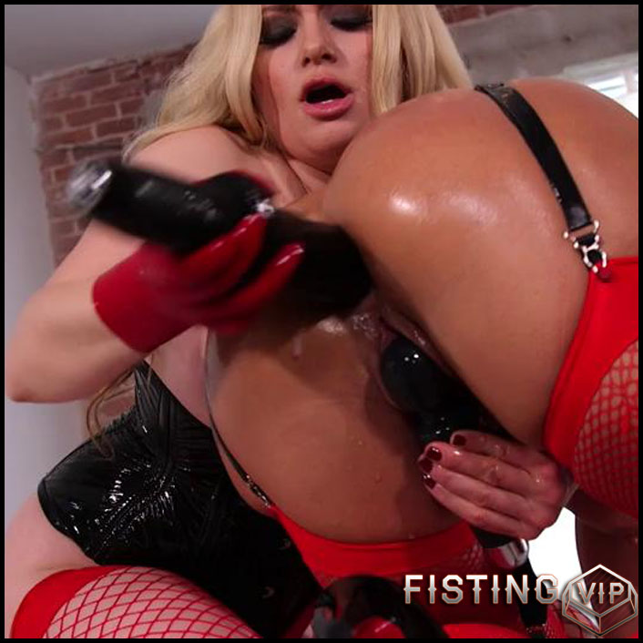 Ariel X, Aiden Starr - extreme fisting, hardcore fisting, lesbian fisting (Release March 26, 2017)