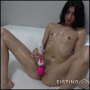 CzechCasting – Juliet – Casting, Anal Toy, Small tits, Vibrator (Release March 04, 2017)