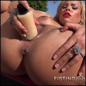 Luna Star – Exploding Star – Full HD-1080p, Vibrators, Toys, Solo, Anal Fisting, Blonde (Release March 23, 2017)