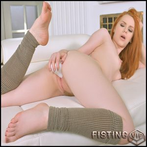 Luscious Single: British Redhead Masturbates At Home – Full HD-1080p, Masturbation, Redhead, Small Boobs, Solo, Toys (Release March 04, 2017)