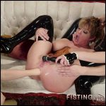LyraLouvel Gape, prolapse and stretch – HD-720p, hardcore fisting, lesbian fisting (Release March 07, 2017)