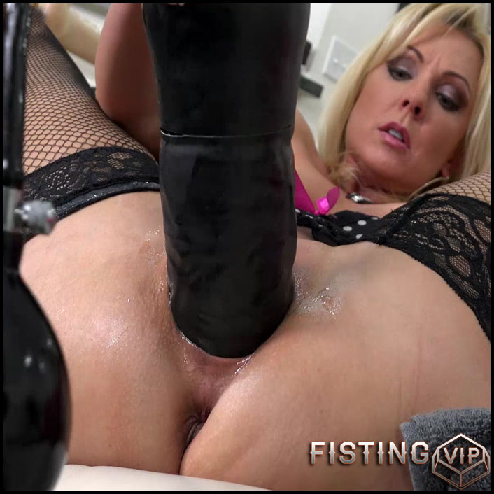 Those Fucking Toys - Full HD-1080p, Giant Dildo, Toys, Solo, Fisting (Release March 31, 2017)1