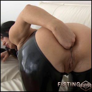 Сlose up anal fisting – Full HD-1080p, hardcore fisting, anal sex (Release April 27, 2017)