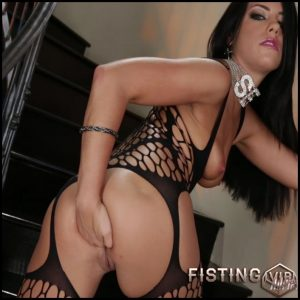 Adriana Chechik Solo Anal Fisting – Full HD-1080p, Solo, Natural Tits, Fisting (Release April 4, 2017)