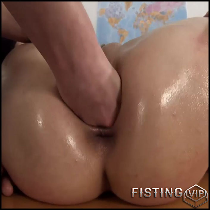 Anita And Lucy - HD-720p, pussy fisting, lesbian fisting (Release April 24, 2017)